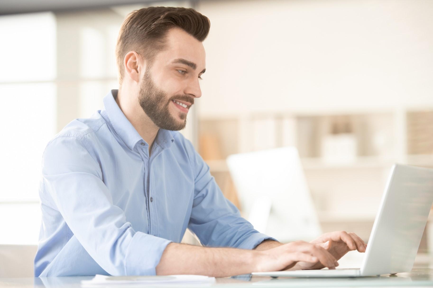 Windows 365 vs Azure Virtual Desktop